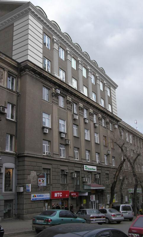 надстройка над существующим зданием
